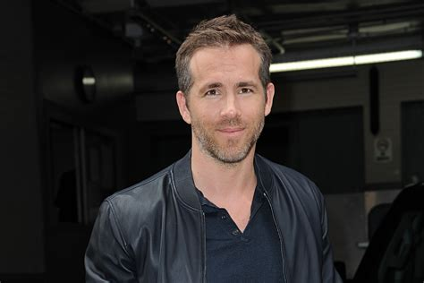 His father, james chester reynolds, was a food wholesaler, and his mother, tamara lee tammy (stewart), worked as a. Ryan Reynolds Twitter: All the times he was hilarious