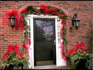 How to Decorate your Front Door and Flowers Pot for