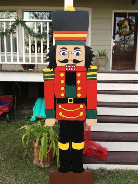 custom yard art  diy projects party house designs