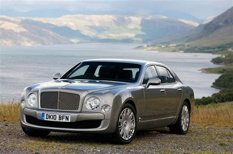Bentley Car : Bentley Showcases North American Debuts