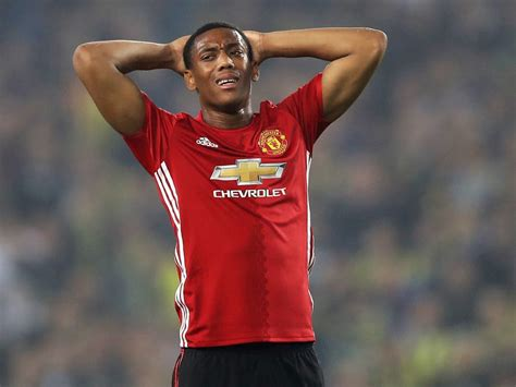 Manchester United news: Jose Mourinho concerned with ...