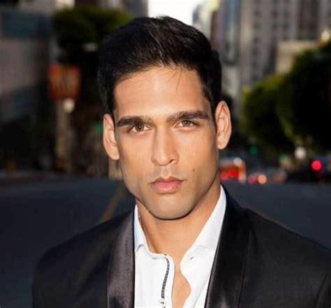 Siddharth Mallya Height, Weight, Age, Biography, Affairs