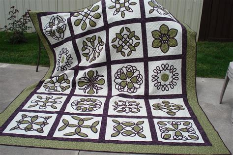 celtic wedding ring quilt pattern irish wedding ring quilt pattern celtic wedding quilt finally done quilt with us quilts
