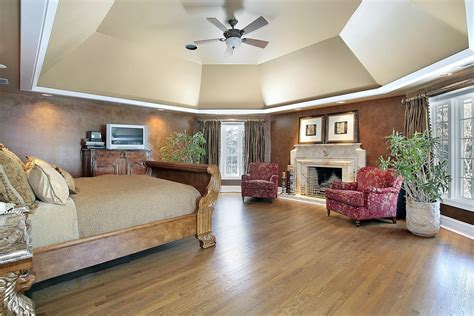 Master Bedroom Ceiling Ideas by Bedroom Ideas With Slanted Ceiling Home Delightful