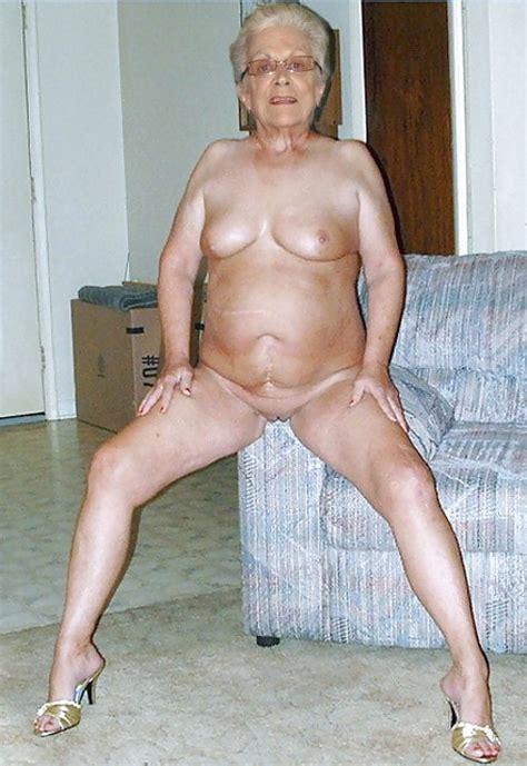 Sex Grandma Pics - Cute grandmother xxx photos