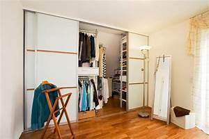 Begehbarer Schrank System : kleiderschrank und ankleide von holz design in dreieich ~ Markanthonyermac.com Haus und Dekorationen
