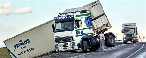 Truck Accidents Distraction And Negligence  Howell Law Firm