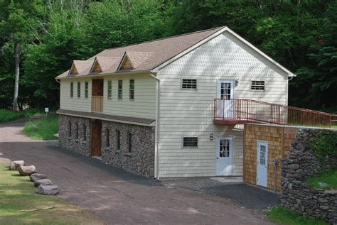 lodging frost valley ymca