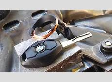 BMW Diamond Key Fob Really Have Rechargeable Battery