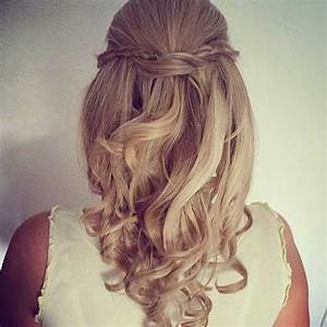 30 Best Half Up Curly Hairstyles | Hairstyles & Haircuts ...