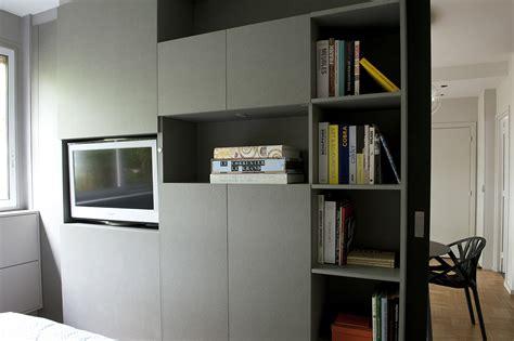 separation salon chambre séparation chambre salon avec télévision pivotante