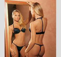 Elisandra Tomacheski Showing Their Super Sexy Ravishing Body Tits And Ass Pichunter