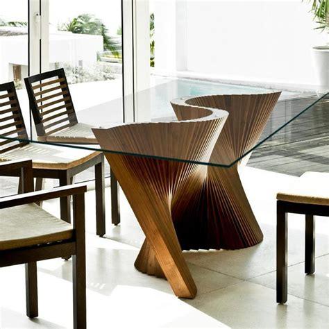 mesa de comedor moderna de vidrio de nogal wave