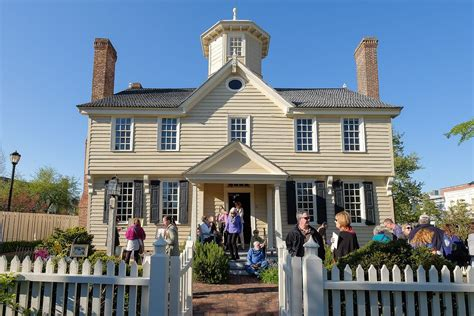 Cupola House by Cupola House Easels In The Gardens 2016 Edenton
