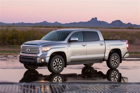2015 Toyota Tundra 2015 toyota tundra reviews and rating motor trend