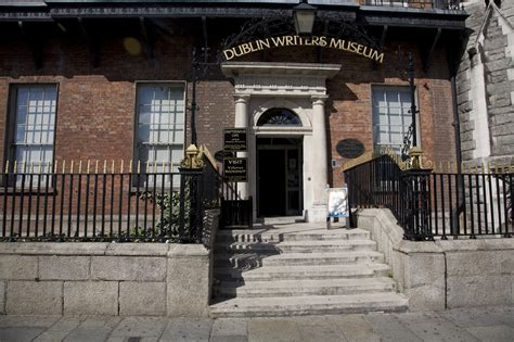 dublin writers museum mus 233 e des 233 crivains de dublin guide irlande