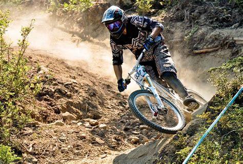 Extreme Mountain Biking   Bike198