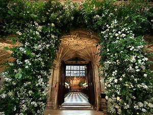 St George's Chapel is adorned with flowers for the royal ...