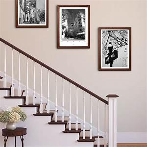 Richtig Bilder Aufhängen : bilder aufh ngen im treppenaufgang landhausstil ~ Lizthompson.info Haus und Dekorationen
