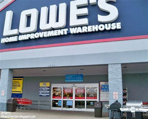 is lowes open on july 4th albany georgia dougherty restaurant bank hotel attorney dr hospital police fire dept store