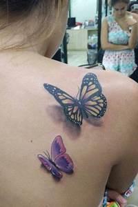 Tatouage Papillon Signification : tatouage femme papillon tatouage papillon femme ~ Melissatoandfro.com Idées de Décoration