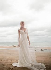 Designer beach wedding dress fashion belief for Designer beach wedding dresses