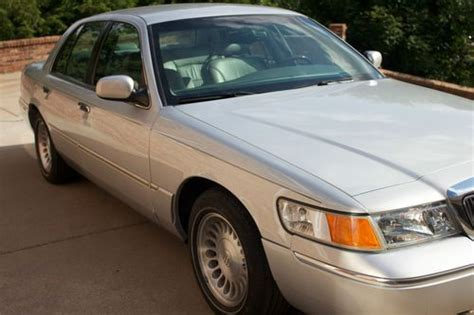 how cars work for dummies 2002 mercury grand marquis interior lighting buy used 2002 mercury grand marquis in woodstock georgia united states for us 9 360 00