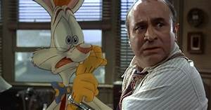 Actor Bob Hoskins Dies At 71! | The Animation Commendation
