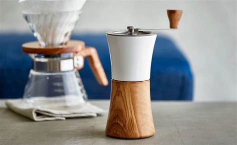Discover a selection of coffee accessories (barista tools, double wall glasses), tea accessories (mugs, cups, spoons), insulated flasks, lunchboxes and many more. Best Coffee Accessories You Can Get - The Gadget Flow