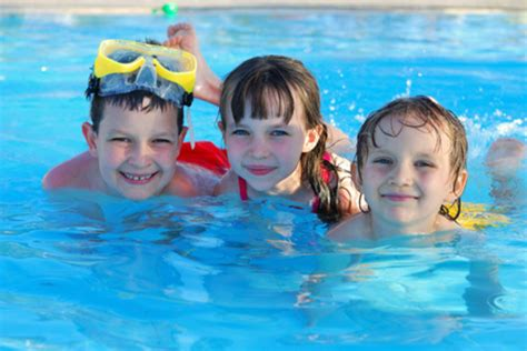 When Are Kids Ready To Learn How To Swim?