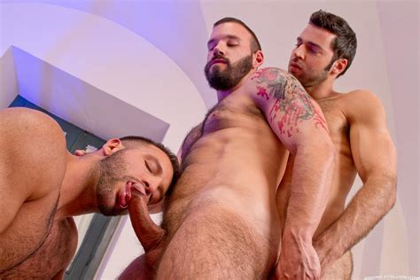 hairy muscle bear hustlers with big uncut cocks fucking a john gay sex latino