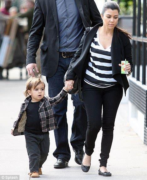 Mommy's little Modernist! Kourtney Kardashian encourages ...