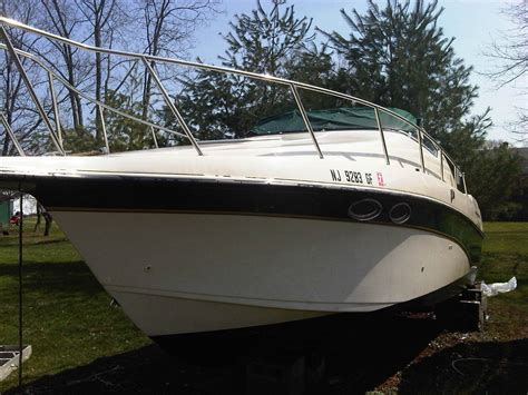 Crownline Outboard Boats For Sale by Crownline 250 Cr With Cuddy Cabin Boat For Sale From Usa