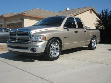 Buy used 2004 Dodge Ram 1500 SLT Crew Cab Pickup 4 Door 4