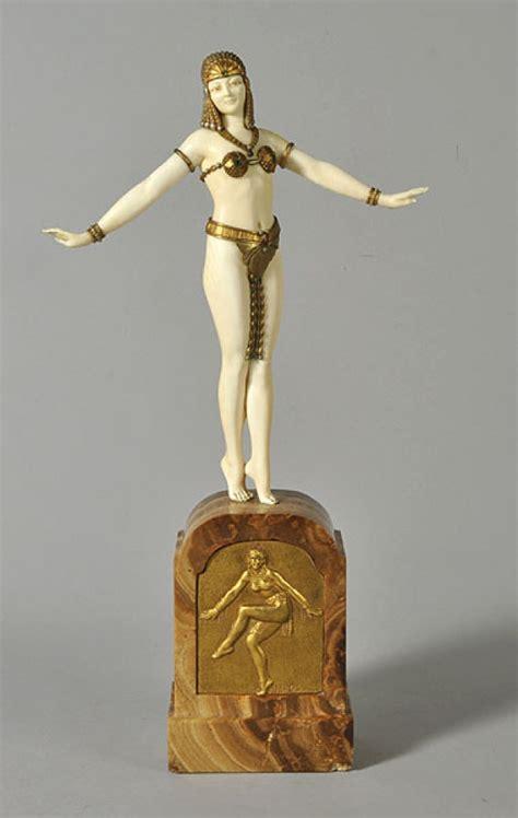 alabaster kitchen cabinets les 1189 meilleures images du tableau sculpture sur 1189