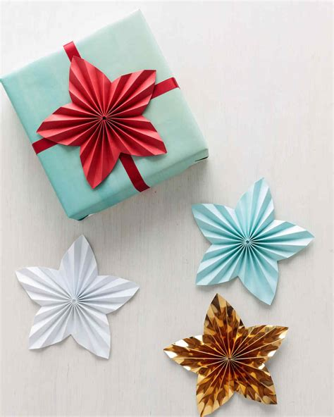 paper star gift toppers martha stewart
