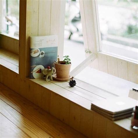 Dekoration Fensterbank Innen by 1001 Tolle Ideen F 252 R Fensterbank Aus Holz In Ihrem Zuhause