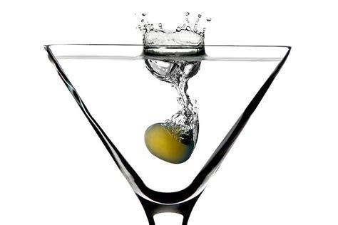 martini olive martini recipe olive central