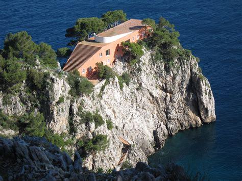 casa malaparte ad classics villa malaparte adalberto libera archdaily