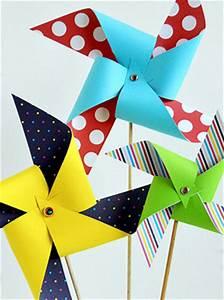 Moulin A Vent Enfant : fabriquer un moulin vent en papier ~ Melissatoandfro.com Idées de Décoration