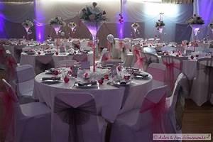 Décoration Salle Mariage : decoration salle de mariage blanc et fushia le mariage ~ Melissatoandfro.com Idées de Décoration