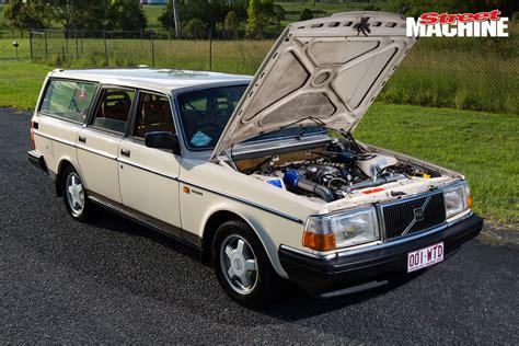 Turbo V8powered Volvo 240 Sleeper Wagon
