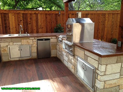 pictures of small kitchen islands pitmaker in houston 800 299 9005 281 359 7487 7487