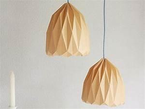 Hängeschrank Aufhängen Anleitung : diy anleitung origami lampenschirm zum aufh ngen falten via basteln pinterest ~ Orissabook.com Haus und Dekorationen