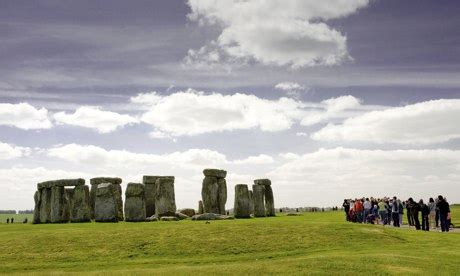 November  2013  Stonehenge Guided Trips
