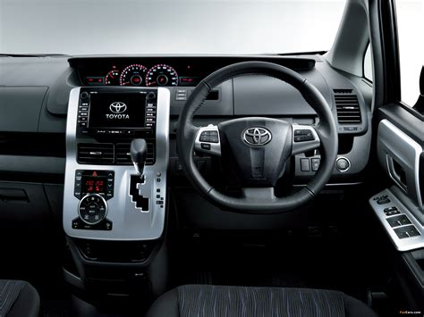 Toyota Voxy Wallpaper by Toyota Voxy Zs 2010 Wallpapers 2048x1536