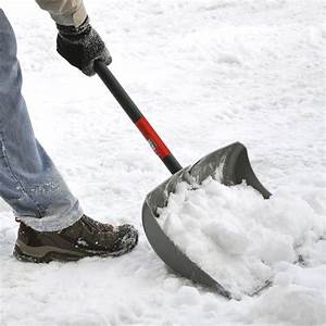 Best Snow Shovel for Concrete Driveway | Authorized Boots
