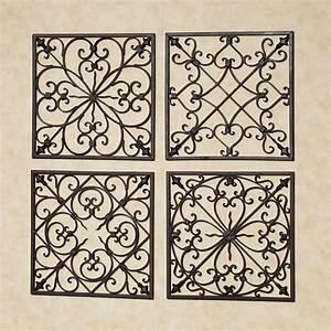 Grille Metal Decorative : lachandra antique rust iron square wall grille set ~ Teatrodelosmanantiales.com Idées de Décoration