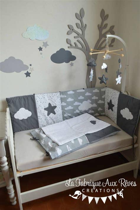deco chambre bebe gris décoration chambre bébé gris foncé gris clair blanc