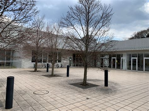 稲城 市立 図書館